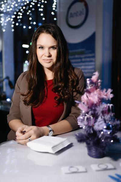 Елена Топталова